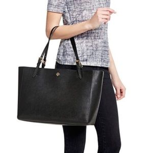 Tory Burch - York Buckle Tote (Large)